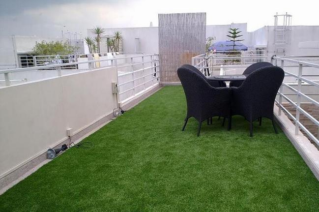 屋顶人造草坪
