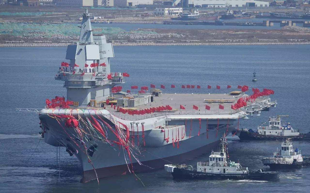 钻石地毯热烈庆祝中国艘国产航母下水!