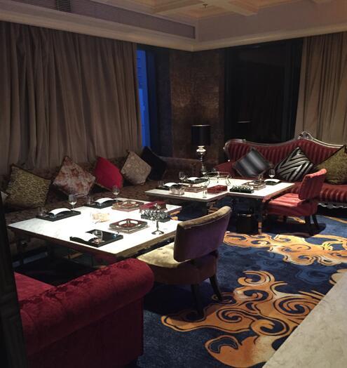钻石地毯--为酒吧和餐馆选择合适的地毯